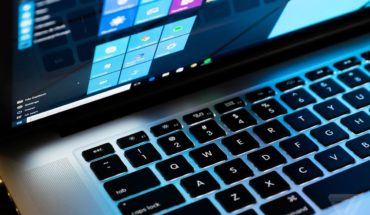Installing Windows 10 on old MacBook